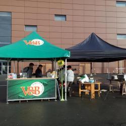 Stand vente de frites sur les 24 h de l'innovation