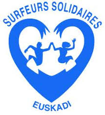 surfeurs solidaire